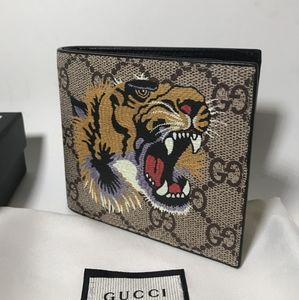 GucciBrown GG Tiger Leather Wallet(Authentic)